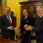 Behgjet Pacolli alla Dante nel segno dell'amicizia tra Kosovo e Italia