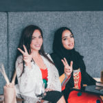 """Emirati Arabi, l'italiana Benedetta Paravia """"stella"""" della TV nazionale"""