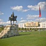 Tirana in libri: incontriamola a Mantova