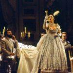 """Un capolavoro letterario e musicale: """"La traviata"""""""