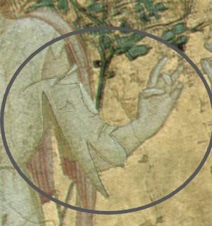 Fig.3 figura sulla spalla sinistra di Madonna Povertà.jAl centro dell'avambraccio una immagine. pg